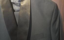 Γαμπριατικο κοστουμι