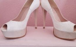 Νυφικά Παπούτσια + Δώρο ολοκαίνουργια!